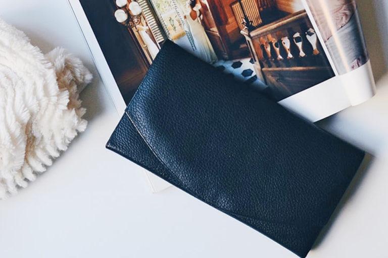 フラップ式財布 メンズ財布