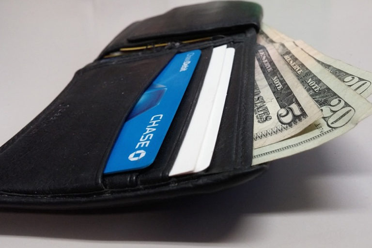 デート向き 女性ウケ メンズ財布