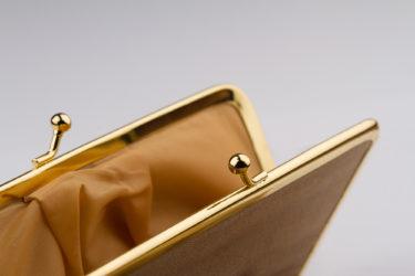 ゴールドのメンズ財布は風水的にも◎嫌味なく持てるおすすめブランドをご紹介