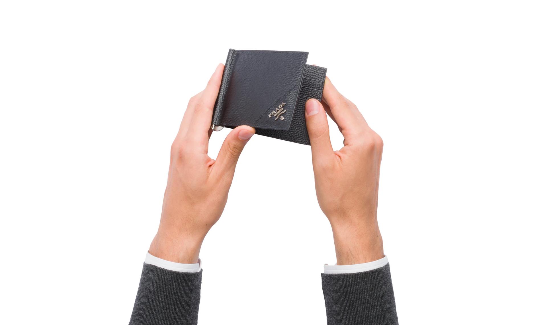 prada メンズ財布