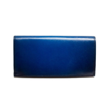 好感度抜群!オシャレな財布にこだわるメンズは青を選ぶ!