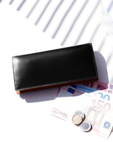 長く財布を愛用したい男性必見!耐久性のある丈夫な財布の特徴とは?